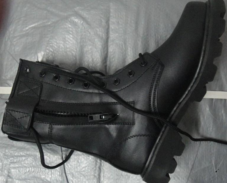 保安防暴靴